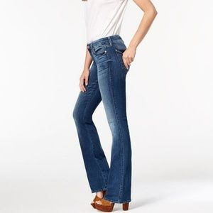 7fam high rise dark wash Kimmie bootcut Jeans 32